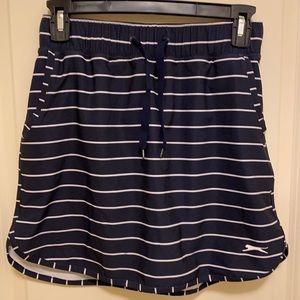 Slazenger Golf Skorts, navy blue w/ stripes Sz: XS